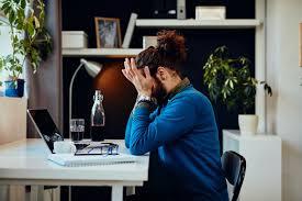 Como o home office pode afetar sua saúde urológica?